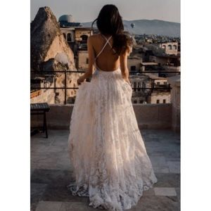 👰🏼💐HOST PICK💐👰🏾GORGEOUS Lace Wedding Gown 💐